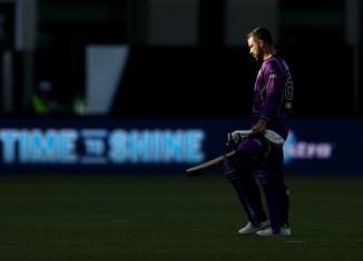 Matthew Wade fined $6000 abusing equipment Hobart Hurricanes Adelaide Strikers Big Bash League BBL final cricket