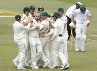 Nathan Lyon charged run out AB de Villiers South Africa Australia 1st Test Day 4 Durban cricket