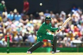 Umar Akmal Mickey Arthur international comeback Fawad Alam Pakistan cricket