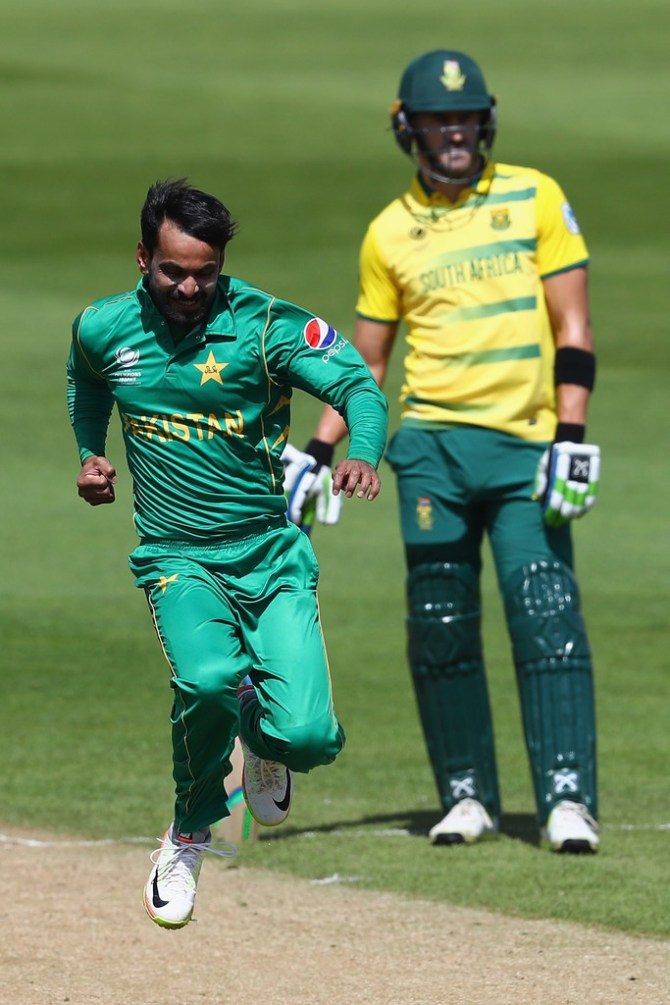 Mohammad Hafeez happy bowling action cleared allowed bowl international matches Pakistan cricket