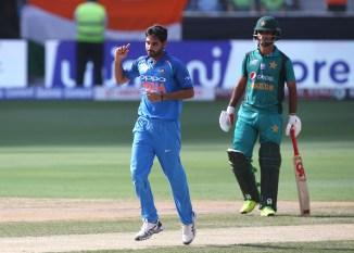 Bhuvneshwar Kumar three wickets India Pakistan Asia Cup cricket