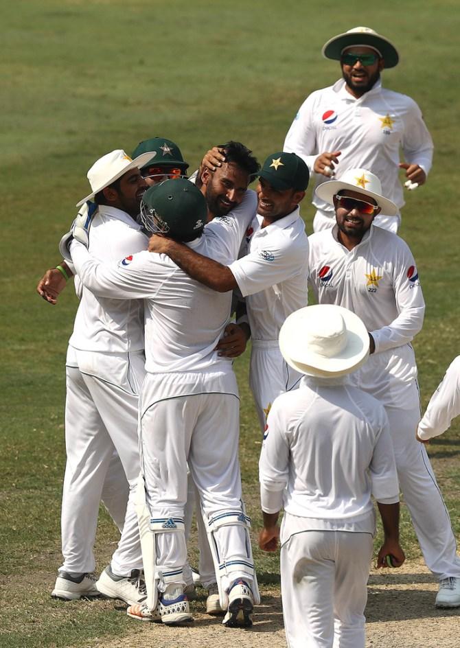 Bilal Asif six wickets Pakistan Australia 1st Test Day 3 Dubai cricket