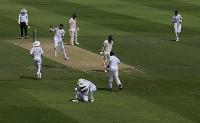 Mohammad Abbas five wickets Pakistan Australia 2nd Test Day 2 Abu Dhabi cricket