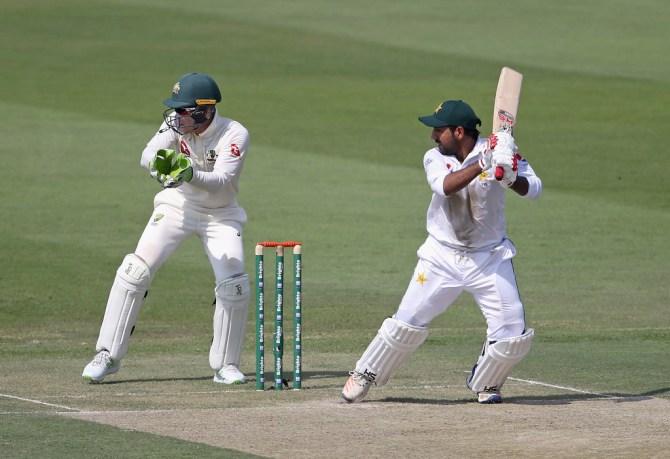 Sarfraz Ahmed 94 Pakistan Australia 2nd Test Day 1 Abu Dhabi cricket