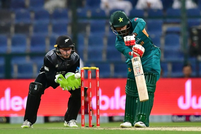 Mohammad Hafeez 45 Pakistan New Zealand 1st T20 Abu Dhabi cricket
