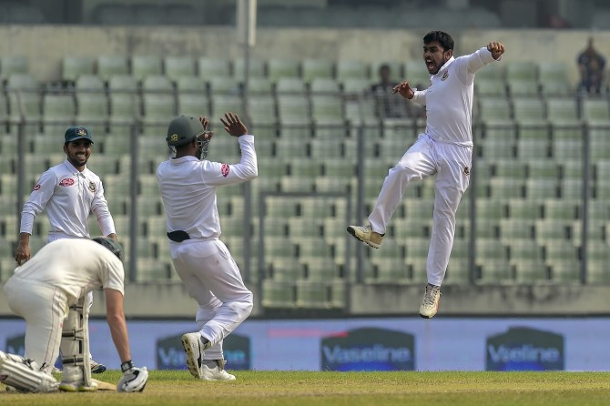 Mehidy Hasan Miraz five wickets Bangladesh Zimbabwe 2nd Test Day 5 Dhaka cricket