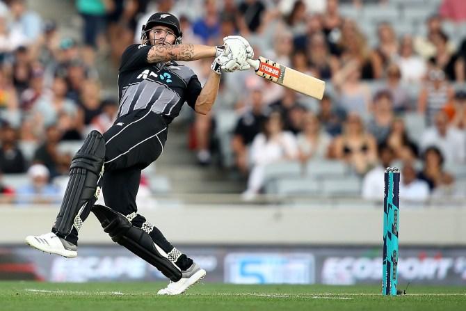 Doug Bracewell 44 runs one wicket New Zealand Sri Lanka Only T20 Auckland cricket