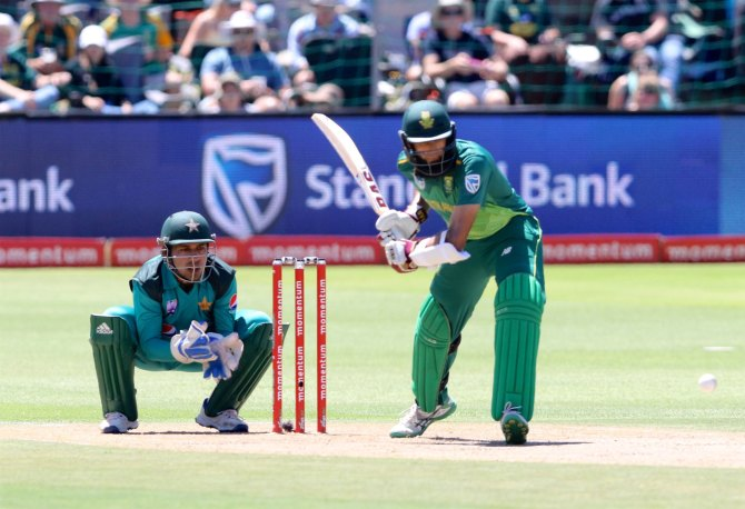 Hashim Amla 108 not out South Africa Pakistan 1st ODI Port Elizabeth cricket