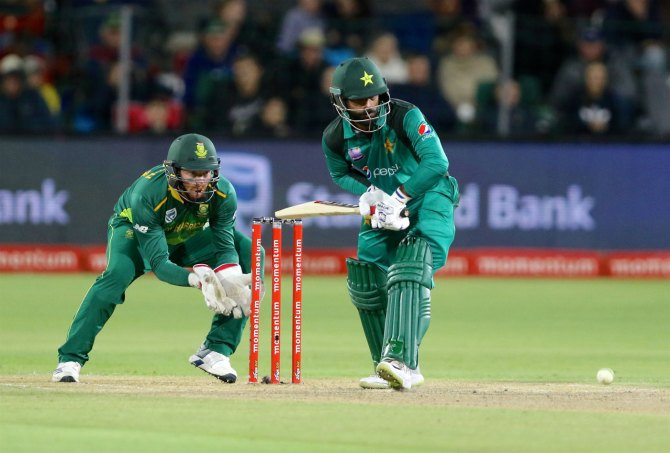 Mohammad Hafeez 71 not out South Africa Pakistan 1st ODI Port Elizabeth cricket