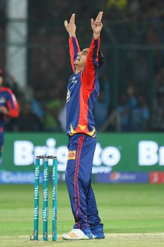 Umer Khan received useful advice from Wasim Akram and Ben Dunk Pakistan Super League PSL Karachi Kings Pakistan cricket
