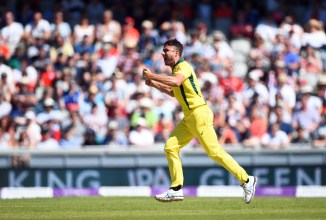 Marcus Stoinis confident fractured thumb will fully head before the World Cup starts Australia cricket