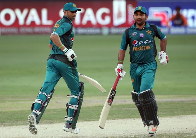 Sarfraz Ahmed Pakistan's main two spinners at the World Cup will be Shadab Khan and Imad Wasim cricket
