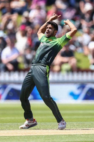 Hasan Ali criticised for claiming to take a catch cleanly when he appeared to have dropped it Pakistan Kent cricket