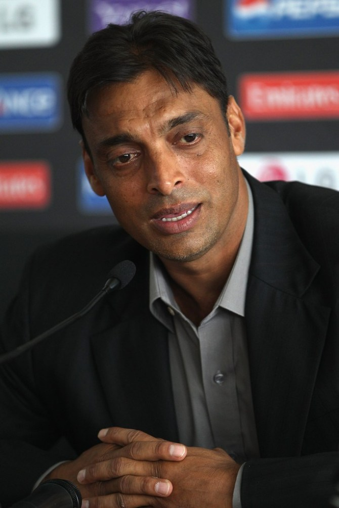 Shoaib Akhtar concerned about Pakistan World Cup squad since it lacks leader of pace attack and feels that Mohammad Amir would have been perfect to fill that role Pakistan cricket