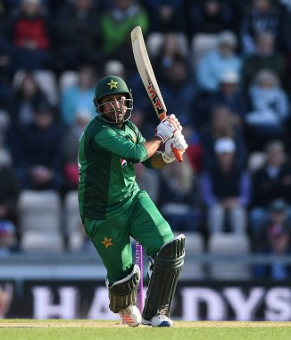 Sarfraz Ahmed has admitted that the key to Pakistan winning their World Cup matches will be to constantly take wickets cricket