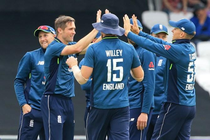 Chris Woakes five wickets England Pakistan 5th ODI Headingley cricket