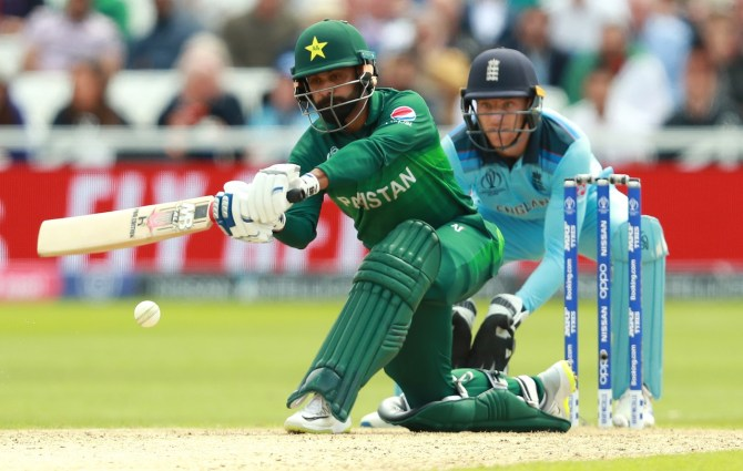 Mohammad Hafeez denies rumours of groups forming within the Pakistan team World Cup cricket