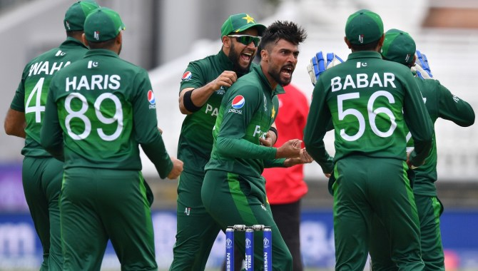 Faf du Plessis admits Pakistan are a dangerous side since they put the opposition under pressure after taking a wicket World Cup cricket