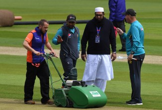 Abdul Qadir believes the Pakistan Cricket Board should have told Inzamam-ul-Haq to shut up and sidelined him after he interfered with the Pakistan team during the World Cup cricket