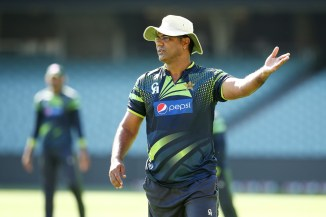 Waqar Younis believes senior players in the Pakistan team are trying to prolong their careers instead of retiring cricket