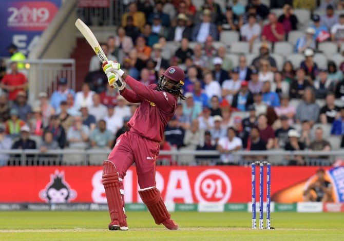 Chris Gayle said Moin Khan liked to talk a lot