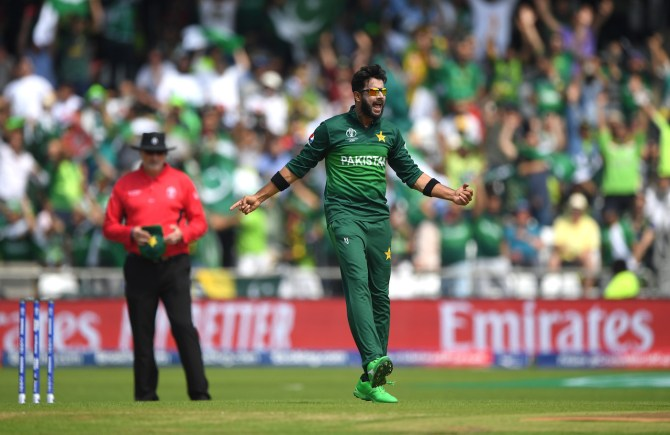 Pakistan cricketer Imad Wasim has said that he should be seen as an all-rounder