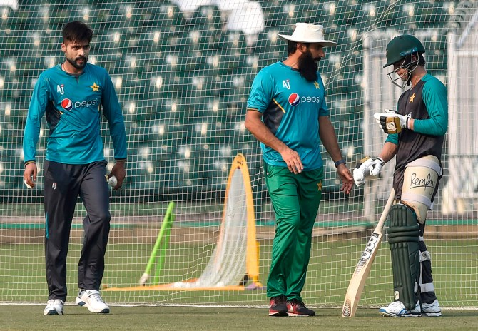 Mohammad Yousuf feels that Misbah-ul-Haq doesn't deserve to be Pakistan's head coach and chief selector cricket