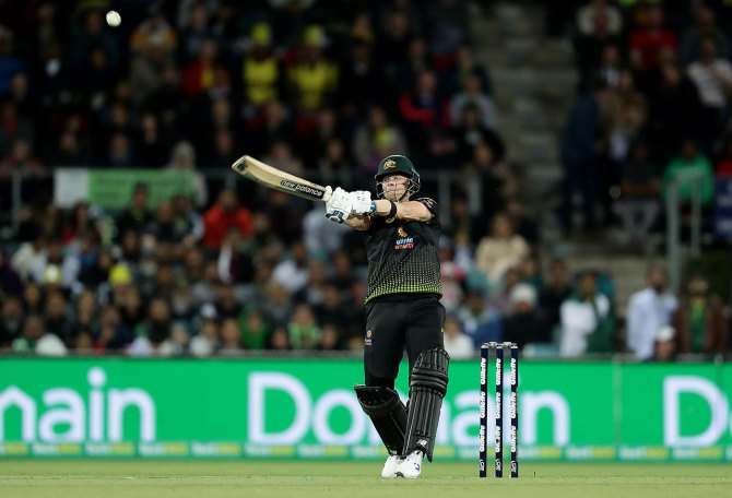 Steve Smith 80 not out Australia Pakistan 2nd T20 Canberra cricket