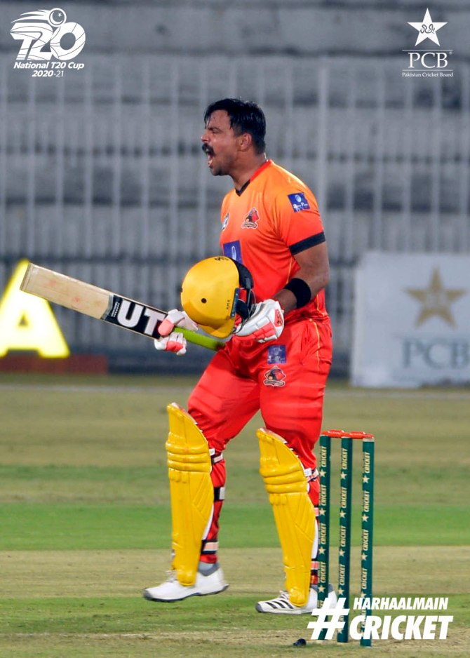 Pakistan batsman Khurram Manzoor said that attack is the best defence