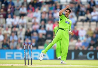 Pakistan seamer Umar Gul advises youngsters not to chase after money and fame