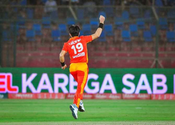 Pakistan fast bowler Mohammad Wasim said he has started playing the reverse sweep and scoop shot