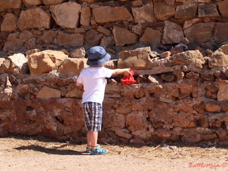dragon hunting adventure at castro marim - finding the dragon hiding in a hole