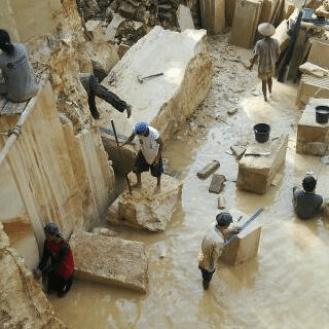 kerajinan batu alam ukir