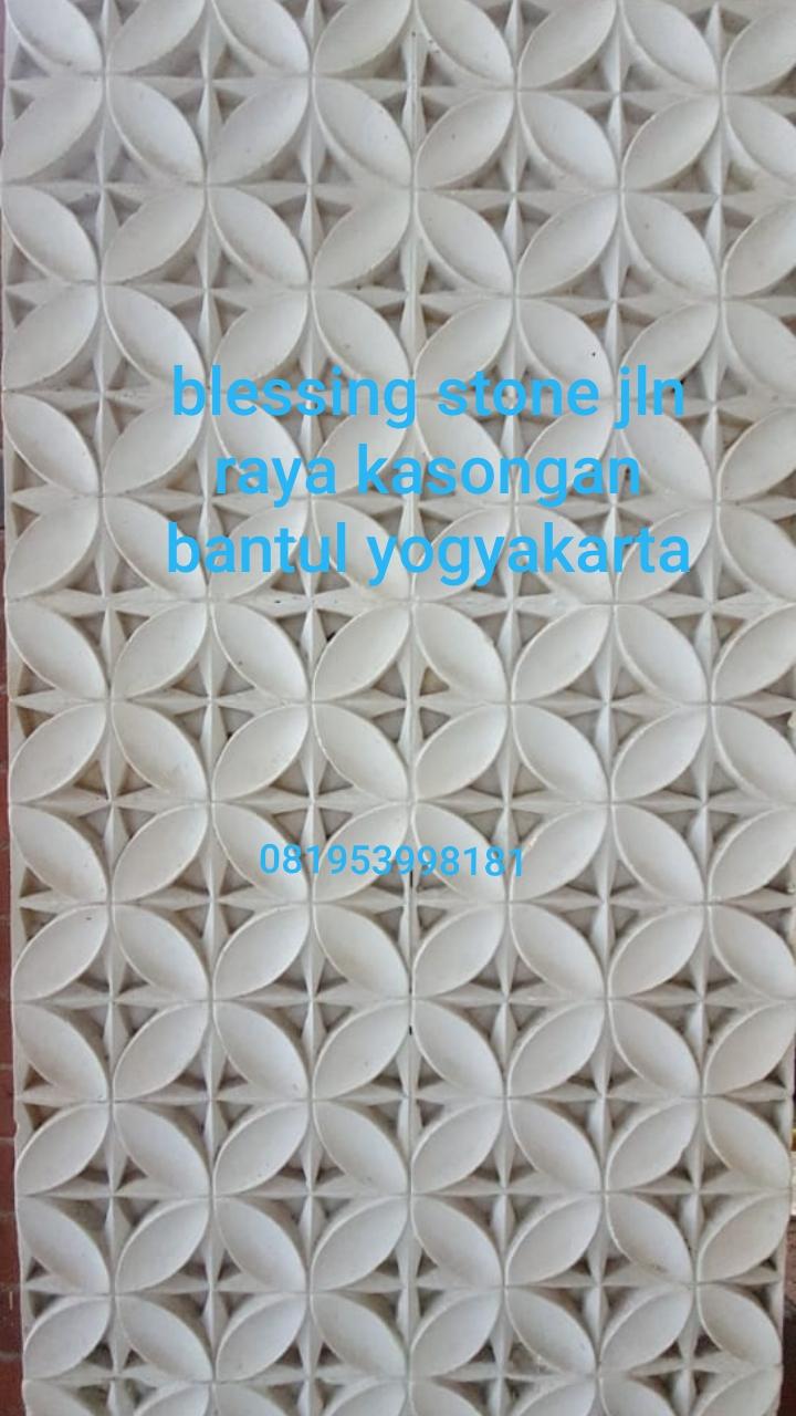 Dekorasi Relief Dinding Motif Batik Batu Paras Ukir