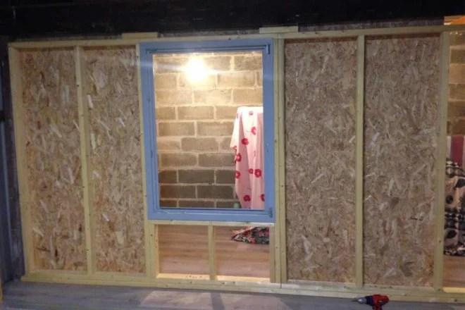aménagement intérieur cloison et fenêtres