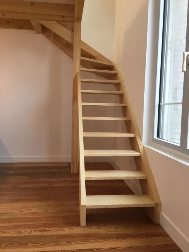 aménagement intérieur escalier en frêne