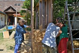 strohbau-lehm-workshop-8-2015-013