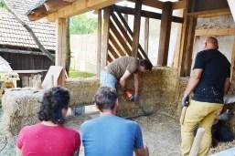 Workshop-2017-08-strawbale-clay-tadelakt12