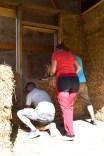 Workshop-2017-08-strawbale-clay-tadelakt24