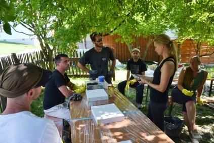 Workshop-2017-08-strawbale-clay-tadelakt60