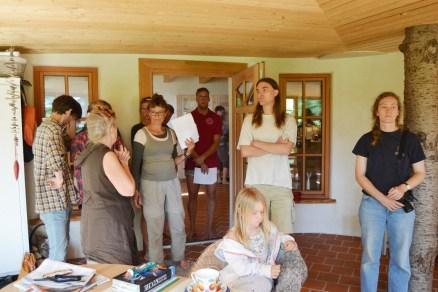 ecotopia-2018-strawbale-workshop-217