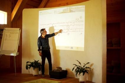 ecotopia-2018-strawbale-workshop-5a