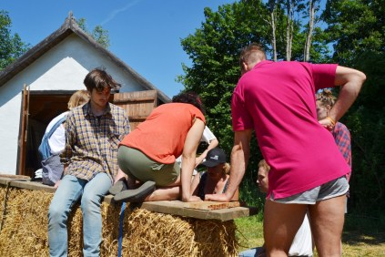 ecotopia-2018-strawbale-workshop-87f