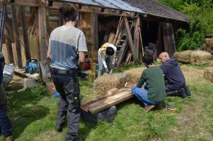 STEP-U3-load-bearing-straw-bale-training-10