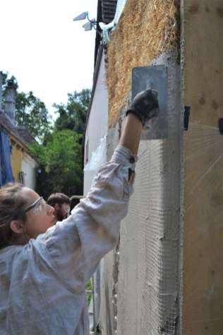 step-5-2020-lime-plaster-on-straw-bale-122