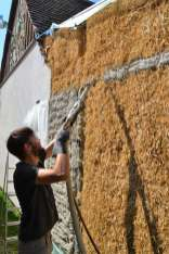 step-5-2020-lime-plaster-on-straw-bale-82
