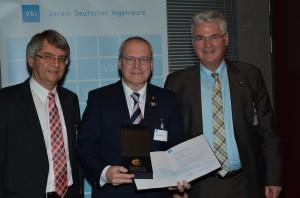 Curbach mit Claus und Schlueter - Ehrenmedaille