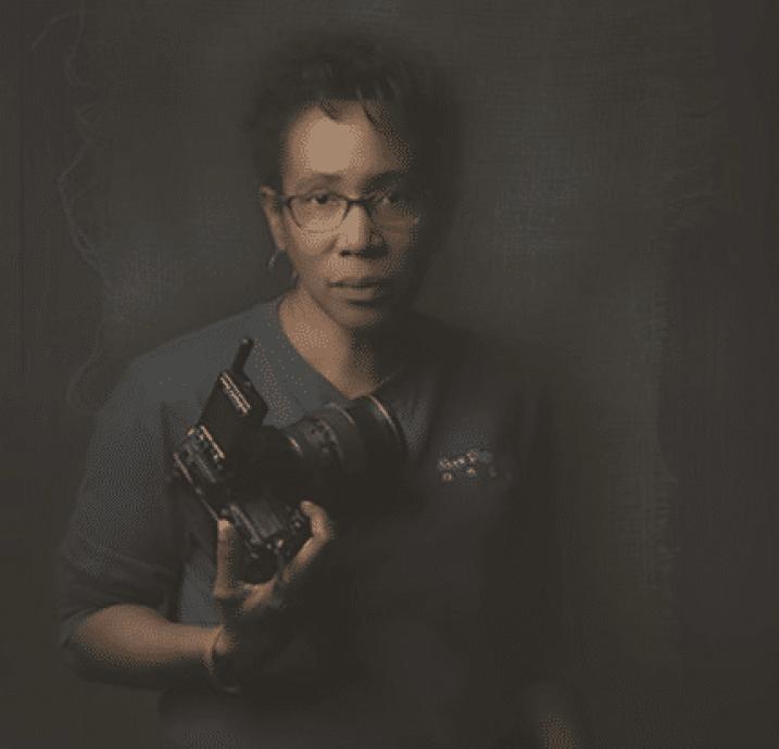 Toni Shaw Black photographer