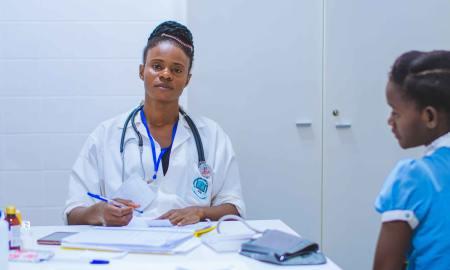black woman in healthcare industry hopsital