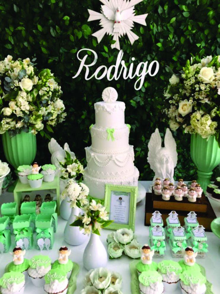 festa de batizado verde e branco